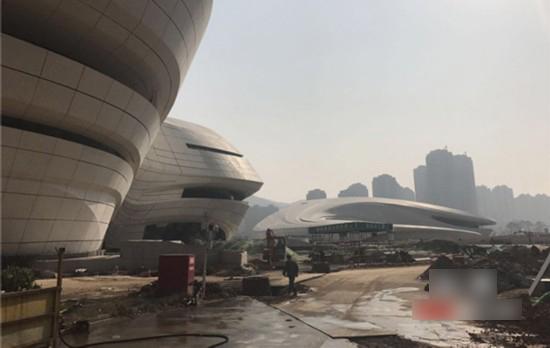 梅溪湖文化艺术中心塌方系谣言 实为例行检查调整