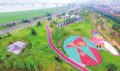 长沙城南滨江公园全面建成免费开放 绿意盎然美景无限