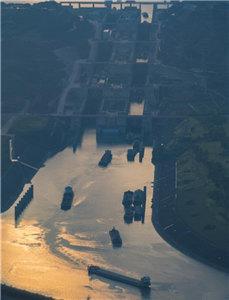 三峡水库水位消落至160米
