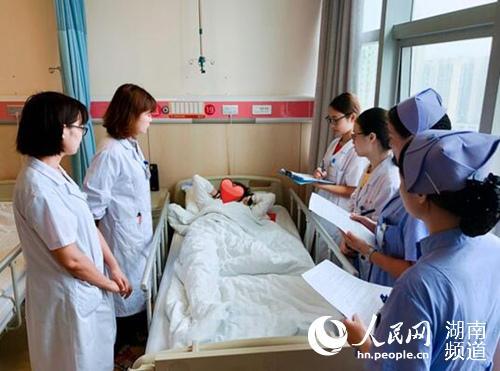 永州花季女孩不知竟自爱重要少女两个伤感女生的网名字怀孕很年轻图片