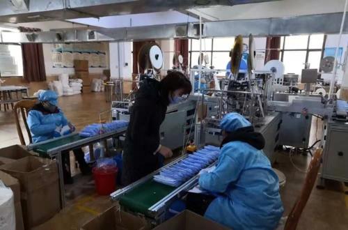 加班加点!湖南浏阳一工厂日产口