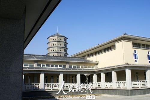 江苏:天上人间殡仪馆引村民抗议 br
